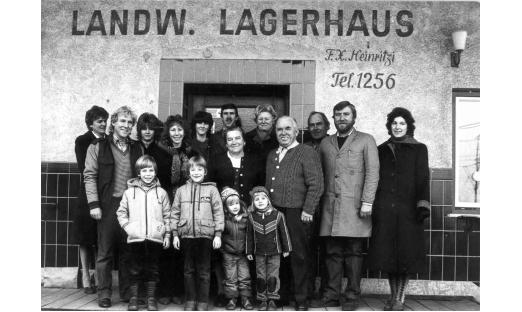Die Belegschaft von 1984 unter der Geschäftsführung von Franz Heinritzi jun.