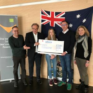 Scheckübergabe Australien-Stipendium